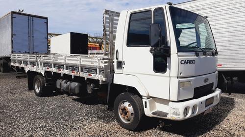 Imagem 1 de 5 de Caminhão Ford Cargo 815 2011 Carroceria