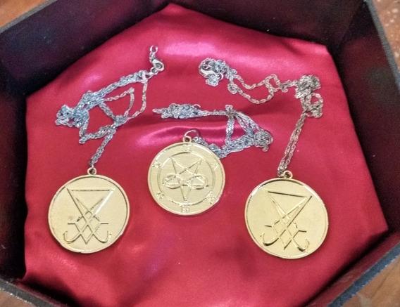 Medalhão Em Ouro - Goetia