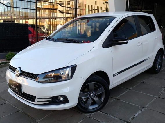 Volkswagen Fox Run 1.6 Msi 2017 Branco Flex