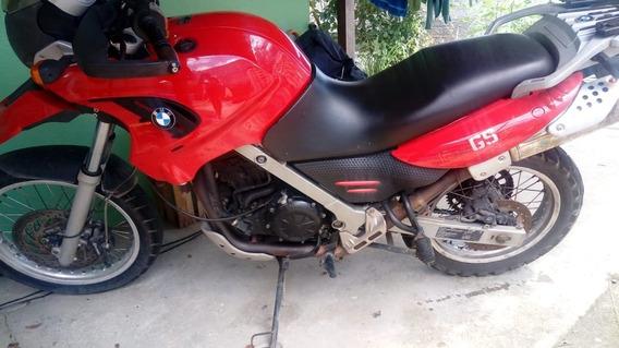 Moto Bmw 2010 Com 2 Capacetes Taurus E 1 Bagageiro