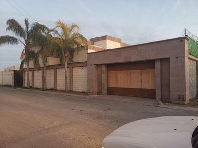 Casa En Renta En Campestre Nogales, Torreón