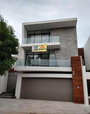 Estrene Hermosa Residencia En Privada San Andrés, Colinas
