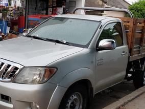 Toyota Hilux Vigo 4x2