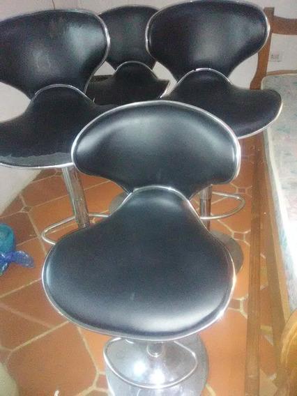 Sillas Comedor O Barbería, Dos Sin Detalle Y Dos Con Detalle