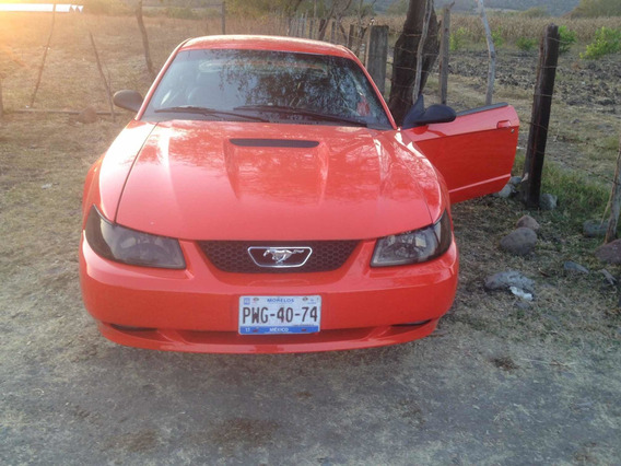 Ford Mustang Gt 2000