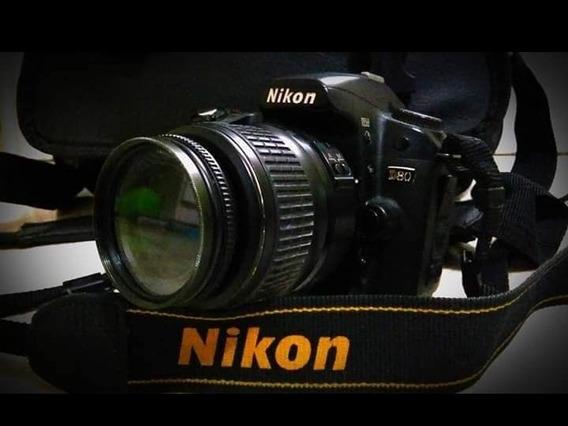 Vendo Nikon D80
