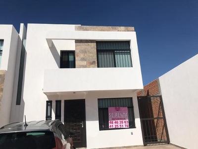 Renta De Casa Nueva E Catara