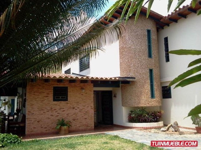 Casas En Venta Mls 14-12848 Pedro Rivero