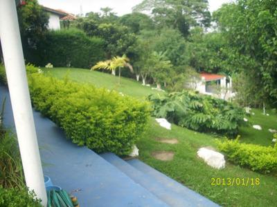 Casa Isolada Térrea Vista Pra Preservação Com Pomar