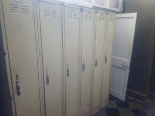 Lockers Metálicos Con Chapa