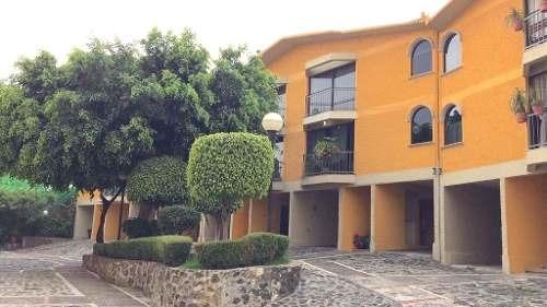 Practica E Iluminada Casa En Condominio En Tepepan
