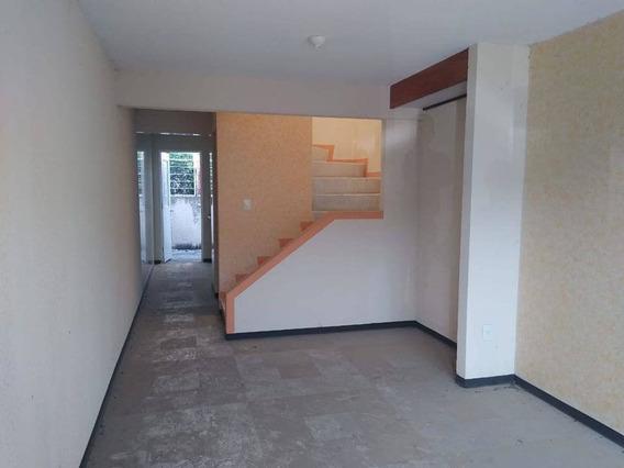 Casa En Renta Calle 12 Sur, Los Héroes Puebla 1° Sección