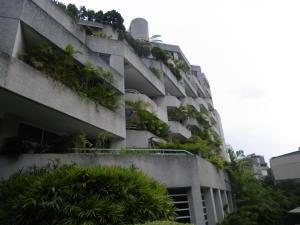 Apartamento En Alquiler Altamira 20-7358