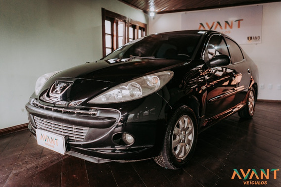 Peugeot 207 Passion Xr Sport 1.4 8v (flex) 2011