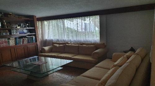 Linda Casa En Venta De 858 M2 En Lomas Altas. Qb