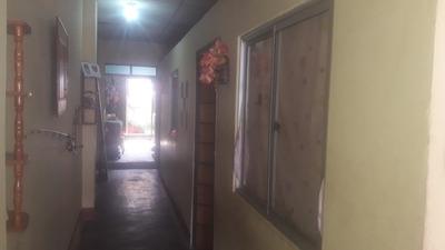 Casa Con 2 Dormitorios Una Cocina 1 Baño Y Una Huerta