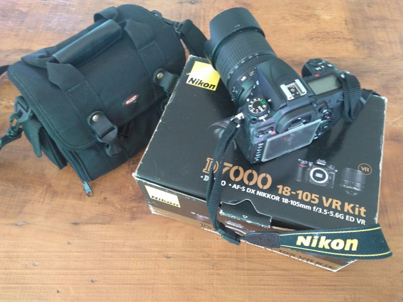 Câmara Nikon D7000 (corpo + Lente 18-105)