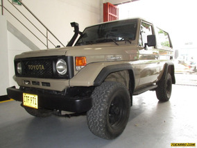 Toyota Land Cruiser 76 Mt 4000cc