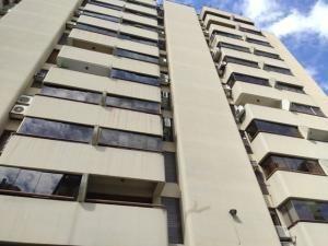 20-3214 Bello Apartamento En Colinas De La California