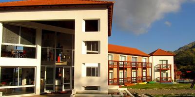 Merlo . San Luis . Moderno Hotel En Venta