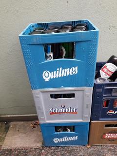 Vendo 3 Cajones De Cervezas Con Sus Envases Vacíos Todo