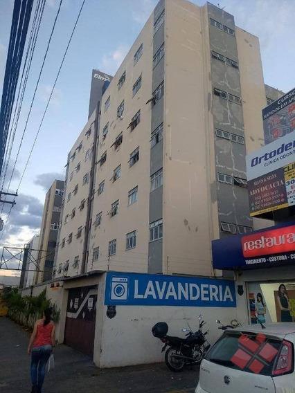 Apartamento Com 2 Quartos Para Alugar No Setor Vila São Tomaz Em Aparecida De Goiânia/go. - Ap0275