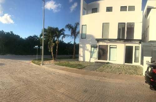 Casa En Residencial Aqua, Cancun Para Venta