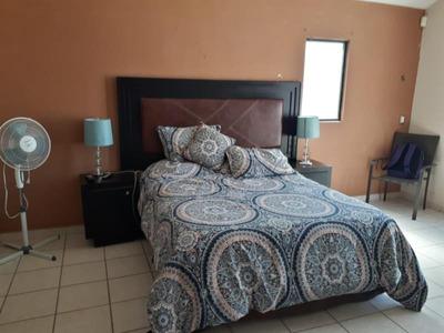 Casa En Renta En Quinta Campestre Los Laureles, Torreón