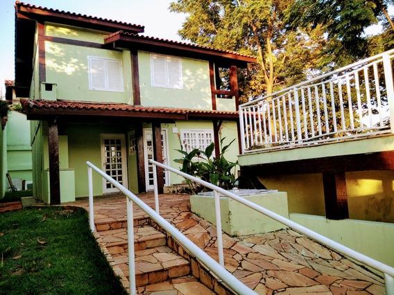 Águas De São Pedro - Casa 3 Dormitórios E Piscina