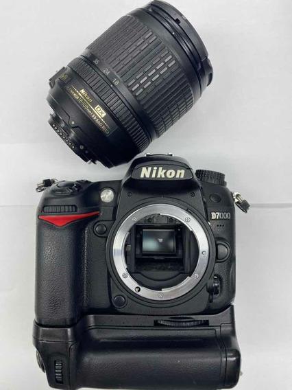 Camera Nikon D7000+lente 18-105 Mm 3.5-5.6 Mm