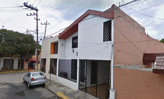 Excelente Oportunidad De Inversión!!! Hermosa Casa.