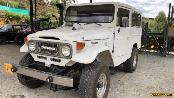 Toyota Land Cruiser Largo Japonesa