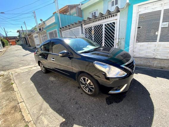 Nissan Versa Unique Automático 2018