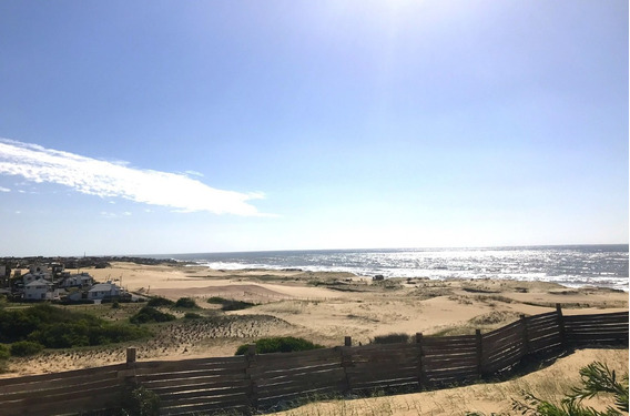 Exclusivo Solar Frente Al Mar En Punta Del Diablo
