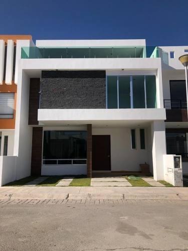 Casa Residencial En Venta En Paseos De La Herradura Pachuca