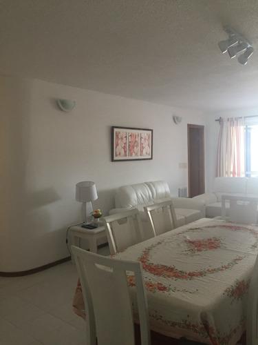 Apartamento 2 Dorm En Suite  En Playa Brava