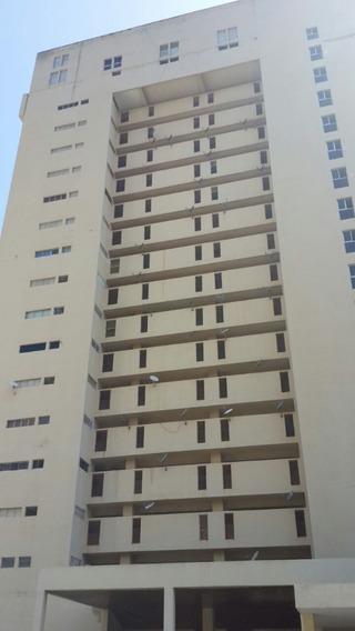 Apartamento De 2 Hab Fte Al Club Pto Azul