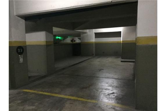 Venta De Cochera 28 M2 ( 2 Vehiculos ) - Esmeralda 850 - Retiro / Microcentro