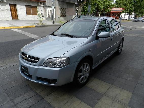 Chevrolet Astra 2.0 Gls - 2011 - 137.000 Km