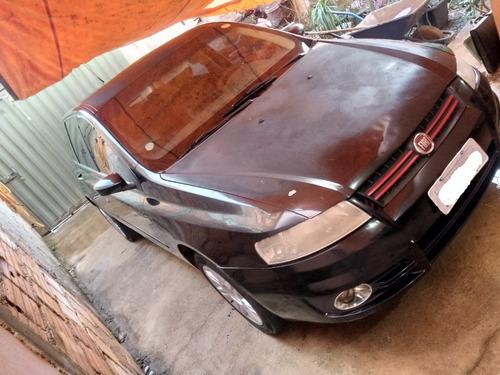 Imagem 1 de 7 de Fiat Stilo 1.8 16v 2003