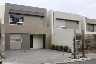 (crm-431-2856) Casa En Renta Cerradas De Cumbres