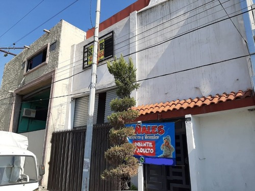 Bodega Comercial En Topo Chico, Monterrey