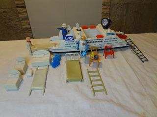 Barco Antigo Realtoy E Bonecos Playmobil E Trol 24