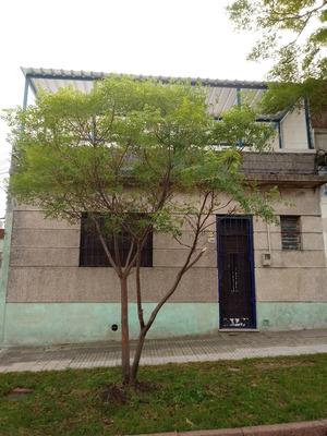 Casa 3 Dormitorios Cerrito De La Victoria