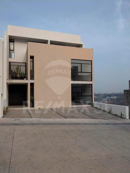 Casa Renta Milenio Iii, Lucepolis