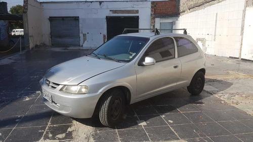 Imagem 1 de 7 de Chevrolet Celta 2001 1.0 3p