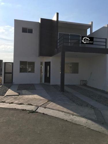 Se Vende Hermosa Casa En Villas El Roble, 4ta Recamara En Pb, Privada, Alberca.