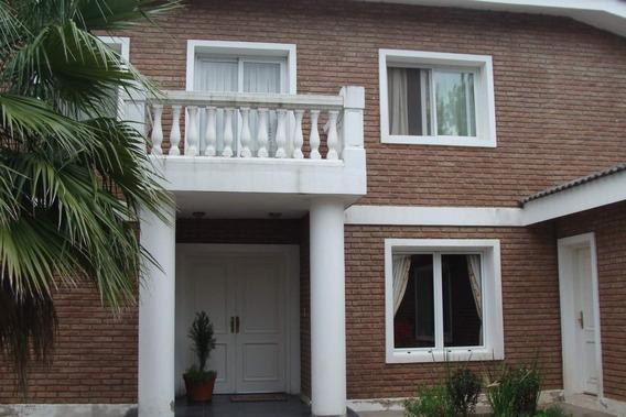 Casa En Venta En B° La Paloma, Villa Allende