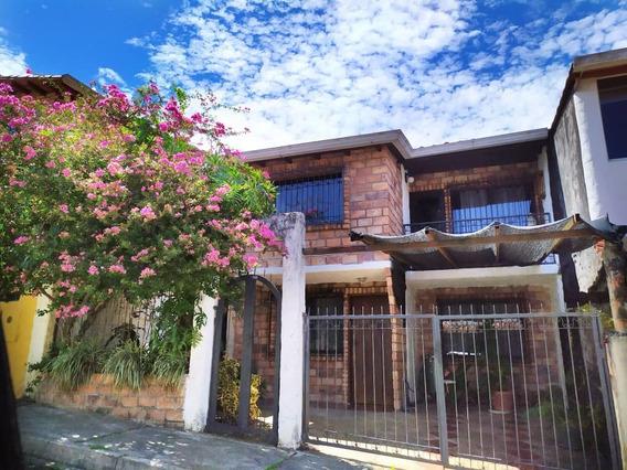 Casa En Villa Del Educador Estilo Country