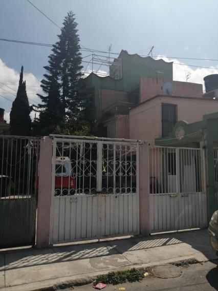 Casa En Venta En Privada De 9 Casas